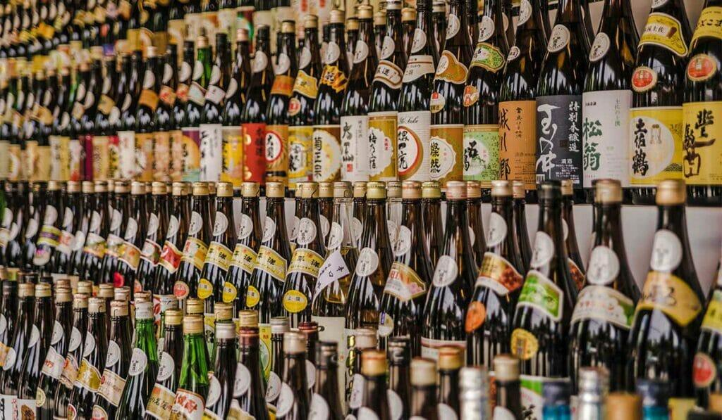 Sake connoisseurs demystify elements of premium sake
