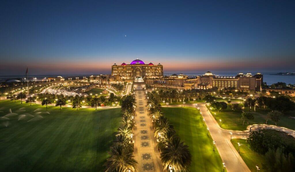 Mandarin Oriental to manage luxury Palace hotel in Abu Dhabi