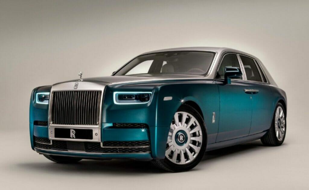 Rolls-Royce unveils a Fine Feathered Phenomena