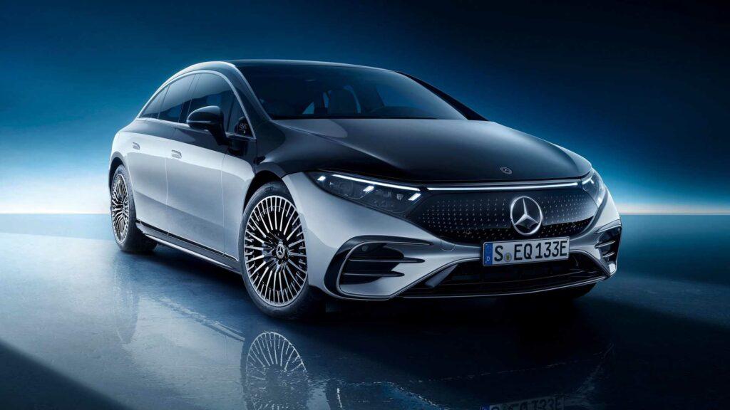 Mercedes-Benz Reinvents Itself as an EV Trailblazer!
